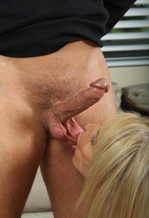 Mom Ball Sucking Porn