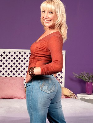 Mom In Jeans Porn