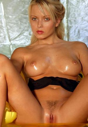 Oiled Mom Porn