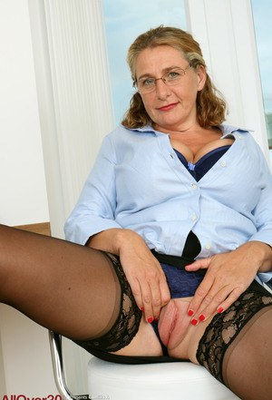 Office Mom Porn