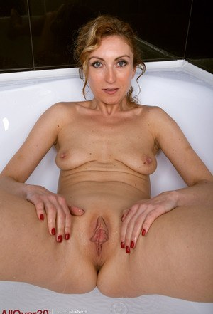 Mom Shaved Porn